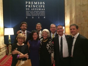 Marisol, Pedro, Juan, Gil, Stephen Reilly, Harriete Fulbright, Atanxa y Bernie